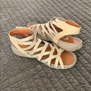 Bare Traps Gladiator style sandal